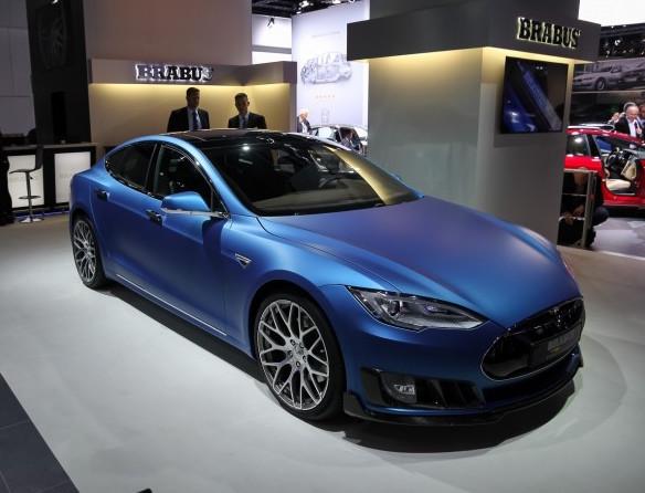 Brabus решил переделать Tesla Model S
