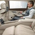 ВКанаде и РФ люди бросились скупать дорогие автомобили