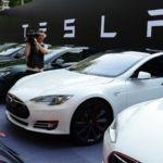 Tesla открывает в РФ представительства