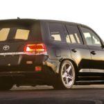 Джип Тойота Land Cruiser 200 разогнали до370 км/ч