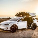Всети показали первый краш-тест кроссовера Tesla Model X