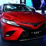 Продажи Тойота Camry обновленного поколения стартуют кконцу осени