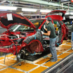 Завод Ниссан вПетербурге будет работать вдве смены