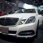 Daimler отзывает неменее млн. «мерседесов» из-за трудностей сподушкой безопасности