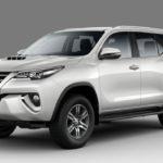 В Российской Федерации начались продажи нового джипа Тойота Fortuner