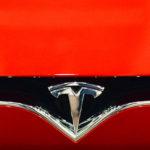 Илон Маск пообещал выпустить электропикап Tesla сразу после Model Y