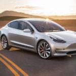Tesla снова остановила производство электромобиля Tesla Model 3
