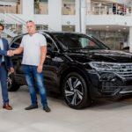 ВРФ продали 1-ый кроссовер VW Touareg обновленного поколения