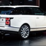 В РФ стартовал прием заказов на вседорожный автомобиль Range RoverSV Coupe