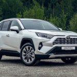 Тойота RAV4 обновленного поколения ждем в РФ осенью